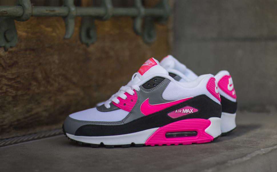 De tijd staat stil met de Nike Air Max 90 | Oh Fashion